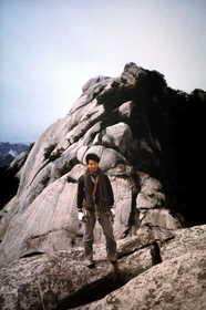 19850920-仁寿峰の山頂で.JPG