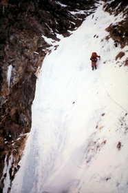 19851221-岳沢の氷たち.JPG