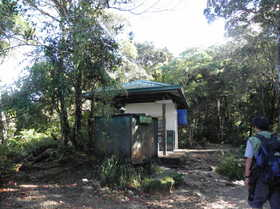 20120714-KINABAL-SHELTER.jpg
