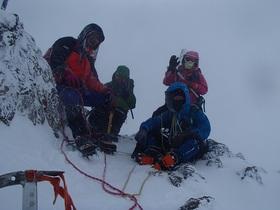 20141229-吹雪の赤岳山頂で.jpg