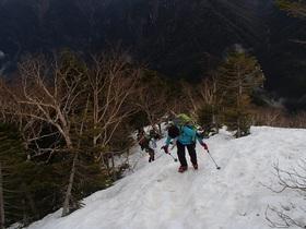 20150505-仙丈ヶ岳に向かう2.jpg