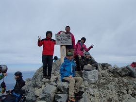 20150505-仙丈ヶ岳山頂.jpg